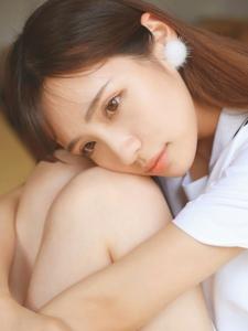 学生装刘海美女清甜靓丽气质动人