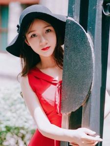 红裙复古美女靓丽吸睛娇美可人