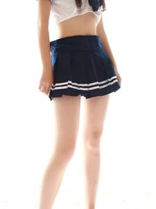 纯情的制服小妹短裙美腿靓丽写真