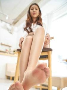 白领丽人丝袜美腿风情诱惑