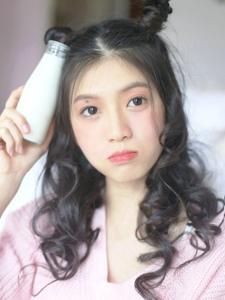 私房牛奶少女甜美安静怡人写真