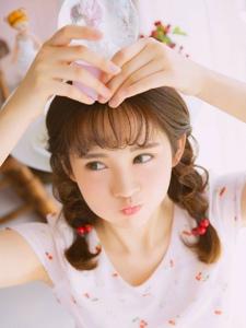 日系清纯妹子灵动大眼俏皮可爱粉嫩迷人