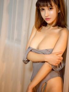 人氣嫩模K8傲嬌萌萌浴室情趣吊帶裝誘惑