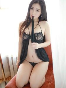 寂寞美女智秀无限翘臀诱惑身材惹火性感