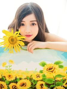向日葵少女笑容燦爛如天使清新淡雅