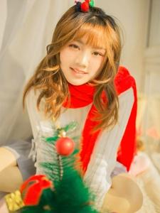 娇俏可儿少女圣诞写真清爽梦境气质诱人