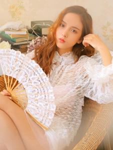 朦朧私房內的扇子少女透視蕾絲裙治愈系唯美