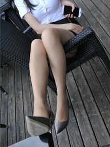 小雪职业装美女白领丝袜高跟丝袜迷情诱惑写真