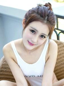 嫩模Abby王喬恩越南芽莊旅拍比基尼寫真