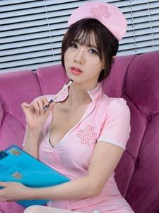 韩国明星美女宋珠娥护士装私房性感写真