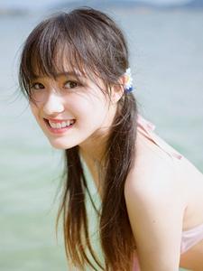 比基尼陽光甜美少女海灘清新活力寫真