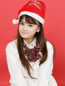 可爱型美女高中生圣诞天么清纯制服写真