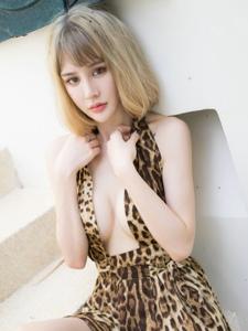 性感豹纹美女Cheryl青树旅丰满养眼迷人写真