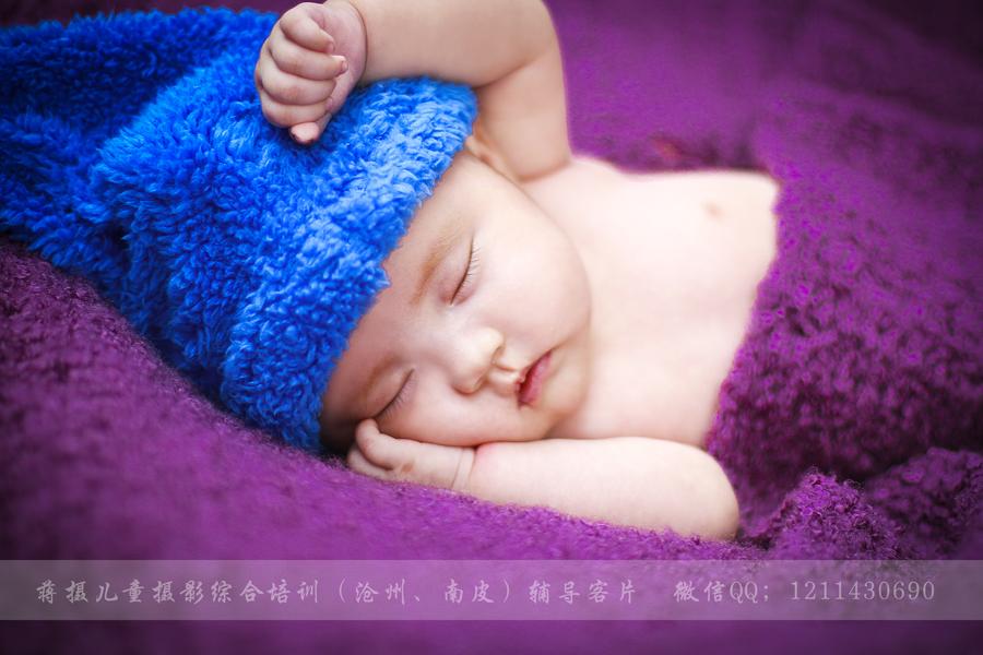 点击大图看下一张:睡梦中的宝宝 儿童摄影