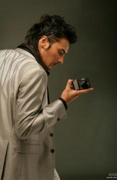 张东健酷帅告白图片
