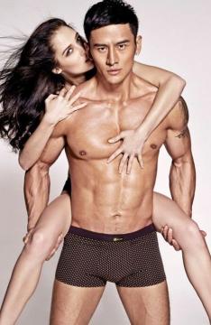 酷帅猛男顾又铭肌肉写真-欧女面前大秀肌肉玩激凸