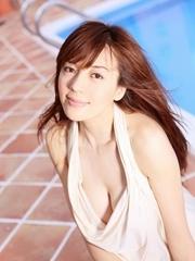 周韦彤私房性感春色摄影