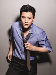 贾乃亮七夕登杂志封面 袒露馨璐历程