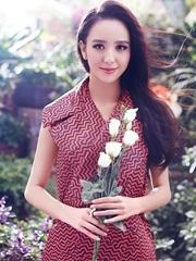 美人佟丽娅花漾写真曝光 变身粉嫩小女人