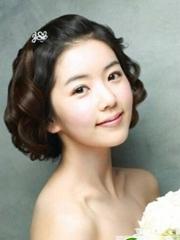 流行经典新娘短发发型