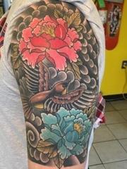 漂亮的牡丹花朵纹身图案