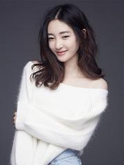王丽坤冬日写真 清新女神变身性感妖精