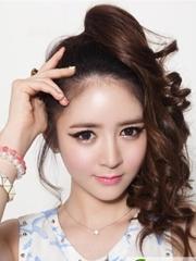中长卷发发型图片 韩系时尚卷发发型