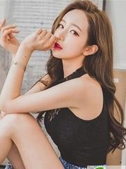 韩国女生卷发发型 亚麻色系卷发图片