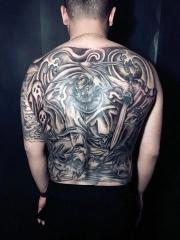 男生经典老传统满背大钟馗纹身图案