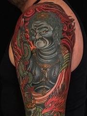 来自于纹身师布拉德一生最爱的纹身图案