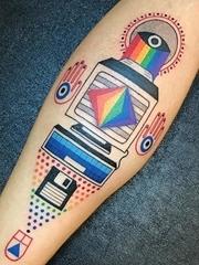 超时髦彩色的极具说明性的纹身图案