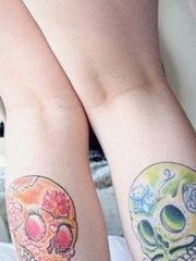 时尚漂亮的腿部new school骷髅纹身图案