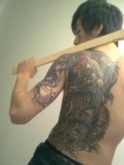 陈旭背部手臂个性主流龙纹身图案