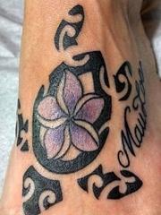 即可爱又帅气的乌龟图腾纹身图案