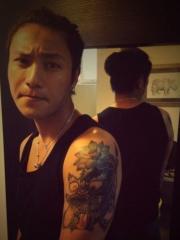 明星陈坤手臂时尚彩绘纹身图案