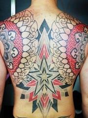 多款包含五角星图案的男性纹身图片