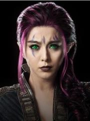 電影X戰警中的明星范冰冰眼球臉部紋身