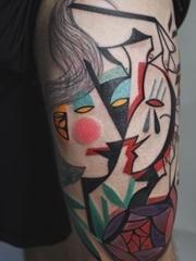 立体几何的现实主义人体艺术纹身图案来自纹身师彼得