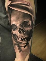 多種帥氣的黑灰色骷髏頭紋身圖案來自大衛