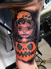 手臂上多款邪恶的南瓜怪物纹身图案