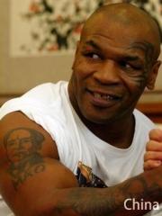 拳王泰森大臂毛主席肖像脸部图腾纹身图片