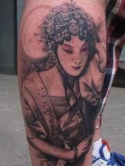腿部美女花旦纹身图案大全