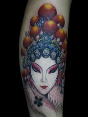 经典腿部彩绘漂亮的花旦纹身