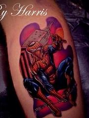 手臂上彩色动漫人物的纹身蜘蛛侠卡通纹身小图片