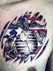 几款男性胸部上的霸气的纹身图案欣赏
