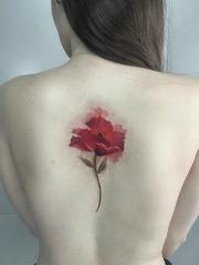 女生性感迷人的花蕊背部纹身图案