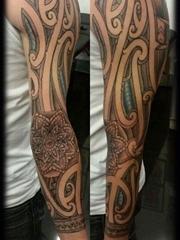 男士纹身图腾黑色手臂线条纹身几何元素纹身图案