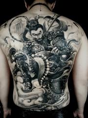 大鬧天宮霸氣美猴王滿背紋身圖案