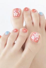 粉色加点蓝色小清新花朵脚趾甲彩绘美甲图片