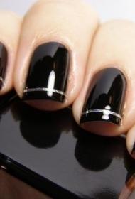 简单又好看的黑色搭配银线平头法式美甲图片